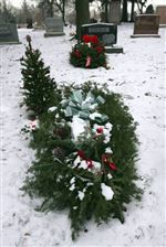 Area-sales-of-Yule-themed-memorials-grow