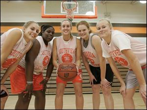 Southview is 13-0 and is aiming for the Northern Lakes League title led by, from left, Mandi Lisk, Bahiyjaui Allen, Liz Tansey, Kelsey Navarre and Morgan Gatwood. The Cougars are ranked No. 2 in Division I in Ohio.