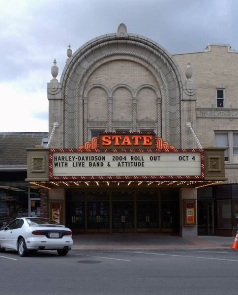 sandusky mi theater movies streaming with english