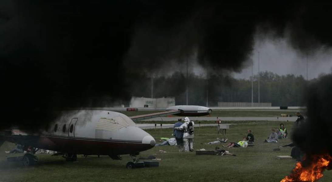 Jet-crash-is-a-realistic-drill-for-emergency-responders