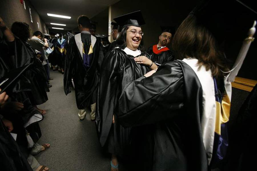 UT-receives-15-million-as-alumni-couple-s-gift-2
