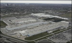 Ohio, Toledo, and two school districts had dangled a $280 million carrot before DaimlerChrysler AG to persuade the automaker to build its $1.2 billion factory on Stickney Avenue.