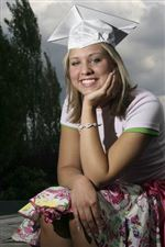 Determined-teen-overcomes-illness-to-reach-graduation