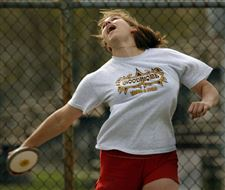 Sidelines-Woodmore-s-Pendletons-toss-away-challengers-in-discus