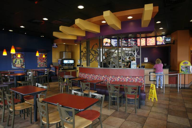 Fast Food Chains Swap Plastic Look For Upscale The Blade
