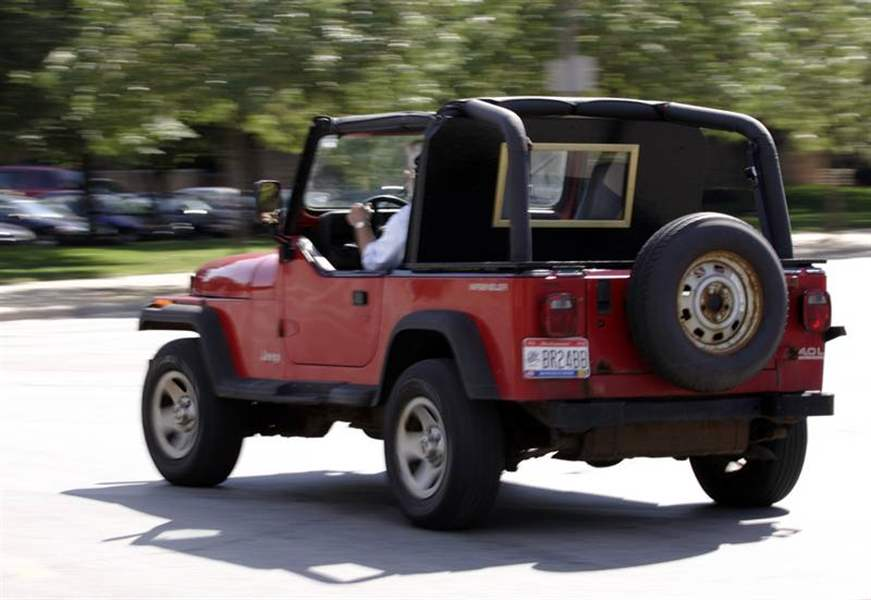 93-Wrangler-rolls-toward-old-age-at-reasonable-rate-2