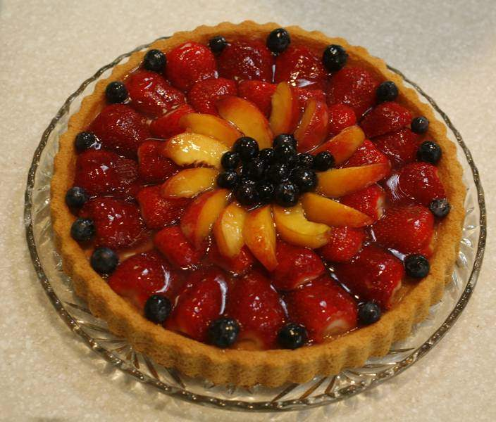Strawberry-tart-3-steps-to-a-quick-easy-dessert