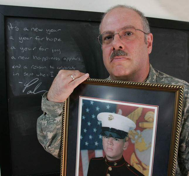 Major-Dad-51-is-called-to-duty-may-join-son-in-Iraq-Sylvania-man-looks-forward-to-serving-country