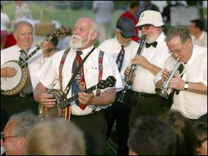 DIXIELAND DELIGHT: The Glass City Dixieland Band jazzes it up at Belmont Country Club.