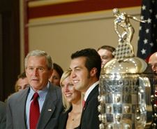 Bush-meets-with-Indy-500-winner-Hornish