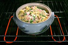 Potluck-casserole-This-dish-is-made-for-traveling