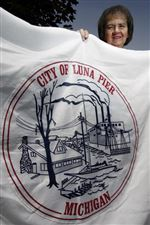 Luna-Pier-picks-Citizen-of-the-Year