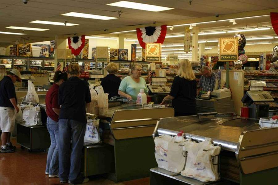 Food-Town-lives-on-in-2-stores-in-Michigan