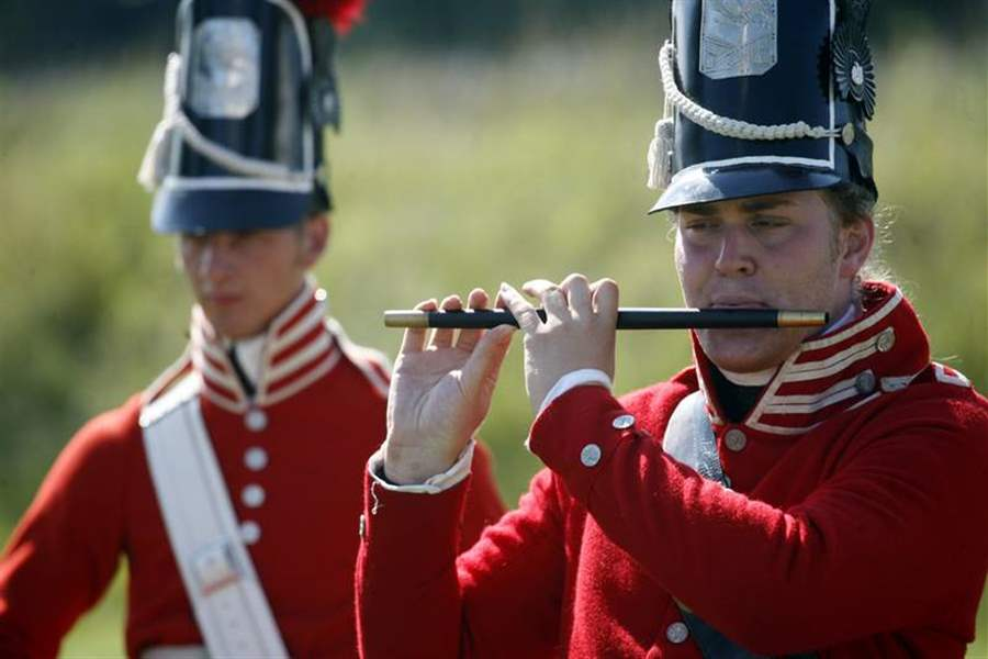 Fort-Meigs-re-enactors-bring-back-music-from-19th-century