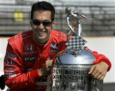 Defiance-races-with-Hornish-excitement