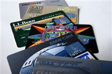 Consumers-need-to-read-rewards-credit-card-rules