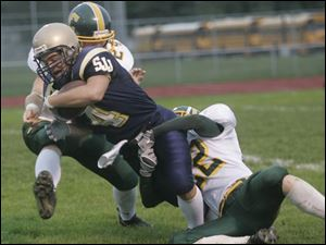 • View <a href= http://www.toledoblade.com/slideshows/091/52006.html><b>Week 4</b></a> Friday Football slideshow.