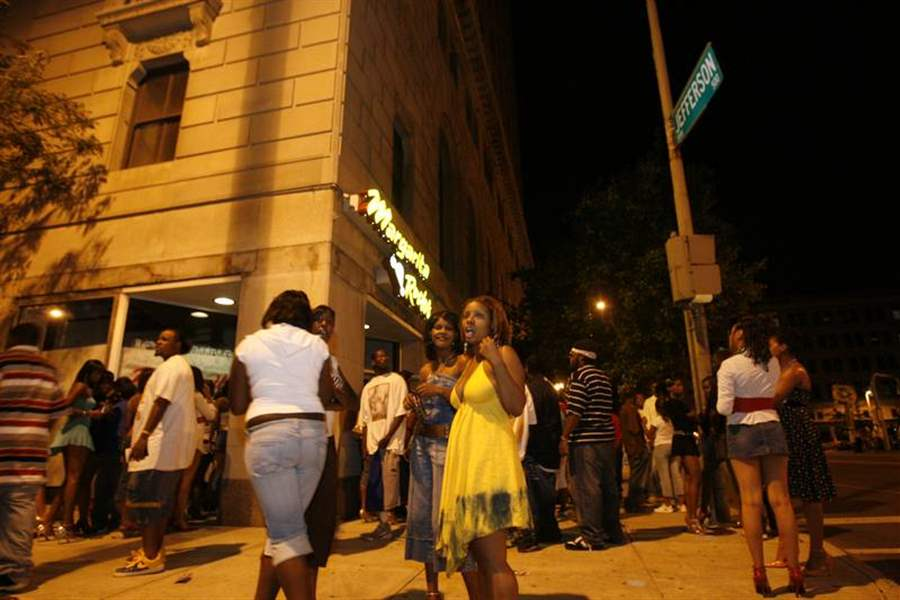 24 News Toledo >> Downtown undergoes renaissance of nightlife - The Blade