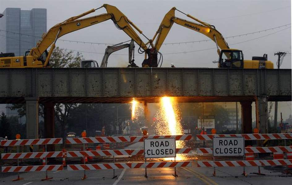 Demise-of-East-Toledo-bridge-opens-new-vistas-2