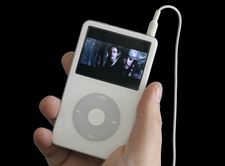Catch-Pirates-in-your-palm-Big-screen-feature-films-overwhelm-a-video-iPod