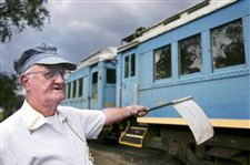 Venerable-tourist-train-just-keeps-on-chugging