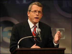 Senator DeWine is known for fiscal conservatism with more centrist positions on gun control and the environment .