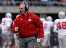 Buckeyes-earn-no-buckeyes-against-Illinois