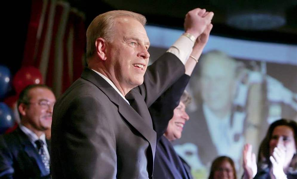 Strickland-easily-takes-Ohio-governor-job