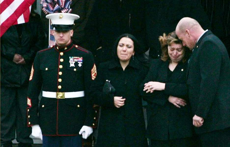 2-Ohio-towns-say-farewell-to-fallen-Marine