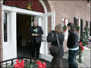 Historian Ted Ligibel welcomes visitors to the 31st