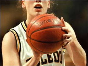 High-scoring Kim Knuth also ranks first for Toledo in steals (368), fourth in assists (484) and eighth in rebounds (779). In Their Words is a weekly feature appearing Sundays in The Blade's sports section. Blade sports writer Joe Vardon talked with former University of Toledo women's basketball star Kim Knuth-Klaer.  She played from 1995-99 (she married former Rockets kicker Ryan Klaer in April, 2000). Knuth-Klaer is still the program's all-time leading scorer with 2,509 points. Knuth-Klaer, who now lives with her husband and three children in St. Joseph, Mich., will become the first UT women's basketball player ever to have her jersey retired when she is honored during halftime of a Rockets home game on Feb. 24.
