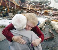 Storms-kill-at-least-19-people-in-central-Florida-2