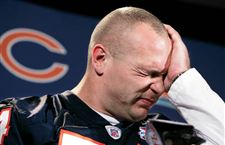 Urlacher-restores-growl-helps-make-Bears-Monsters-of-Midway-again