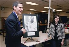 SYLVANIA-SUPERINTENDENT-GETS-PORTRAIT-OF-A-HERO