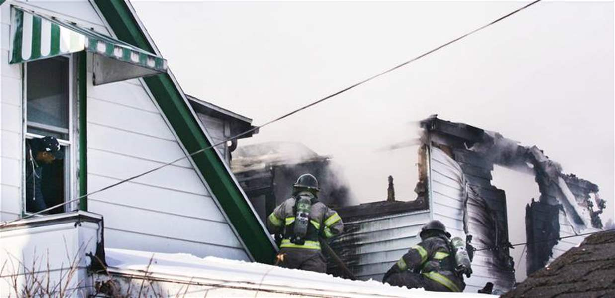FIRE-DESTROYS-HOUSE-IN-CENTRAL-CITY