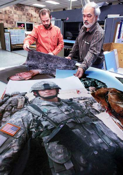 Life-size-Flat-Daddy-images-help-soldiers-families-cope