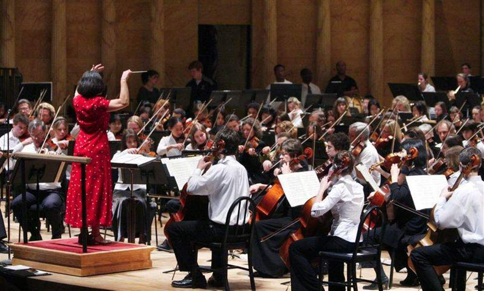 Symphony-youth-orchestra-get-together-and-learn-from-each-other