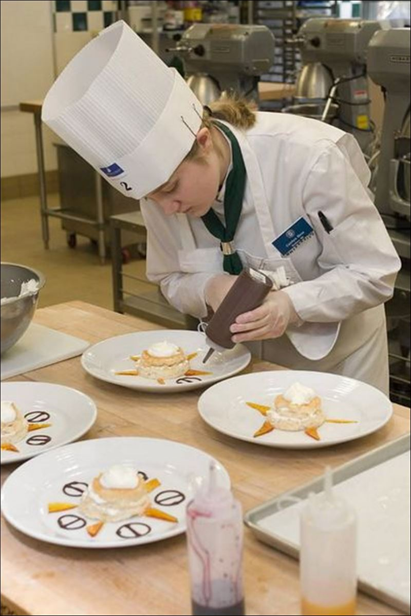 culinary scholarships American culinary federation, inc 180 center place way st augustine, fl 32095 p 8006249458 f 9049400741 wwwacfchefsorg culinary institute of america scholarship application.