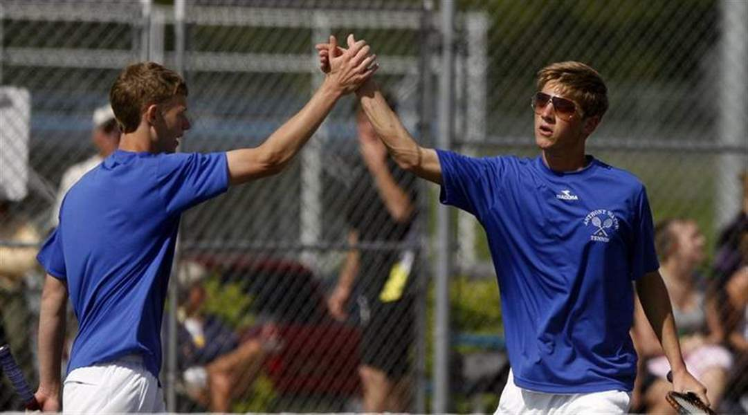 Generals-take-NLL-tennis-title