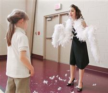 7th-graders-turn-wax-museum-into-live-history-re-enactments-3