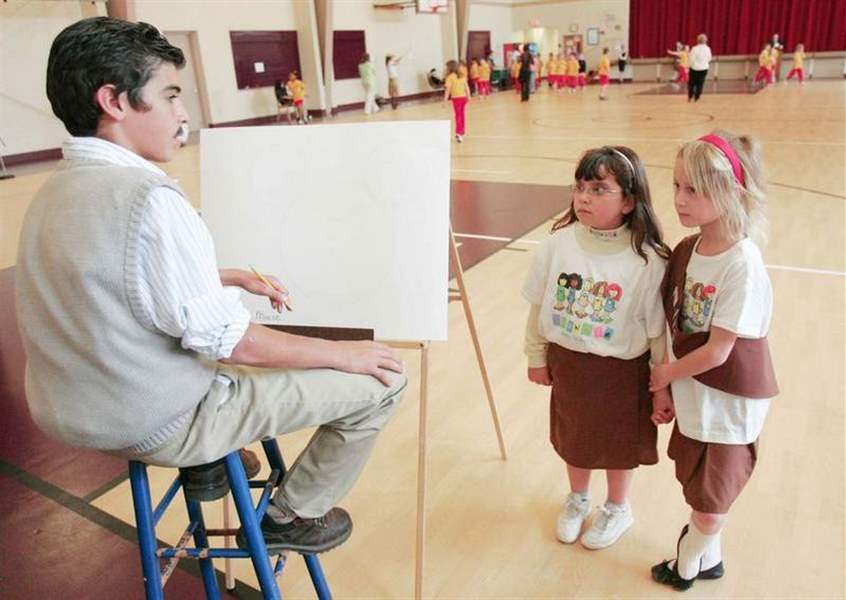 7th-graders-turn-wax-museum-into-live-history-re-enactments