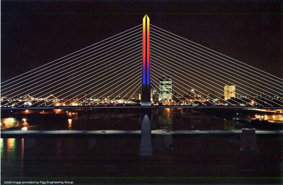 Skyway-set-for-test-run-of-high-tech-light-show-in-Toledo