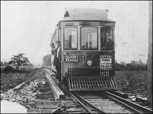 Interurban railways like the Toledo Beach line, above, helped expand travel between cities. By 1908, Ohio had 2,800 miles of interurban routes, 1,000 miles more than in any other state.
