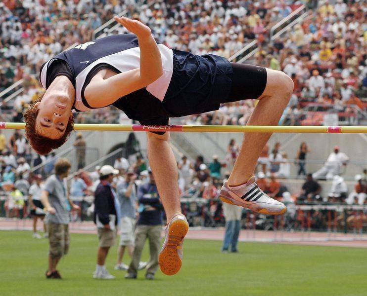 Defiance-s-Born-settles-for-second-in-pole-vault