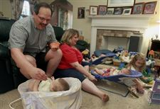 Toledo-24-Bedtime-is-busy-when-you-have-6-month-old-triplets-4-year-old-2