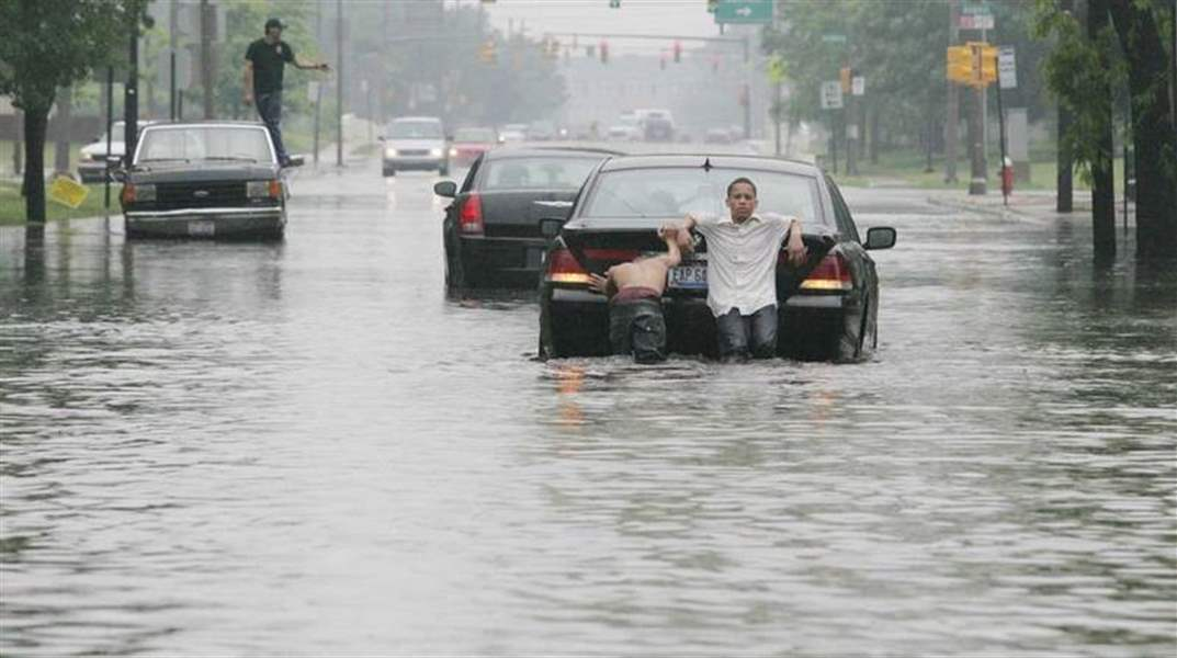 Storms-flood-Toledo-streets-homes-3