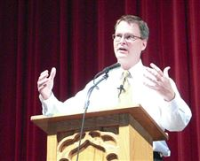How-to-grow-a-church-Kansas-pastor-offers-tips-at-Methodist-convention
