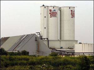 The owner of a big share in the plant to be built in Fremont will be a cooperative of sugar-beet growers.