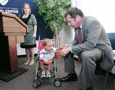 Brown-pushes-insurance-plan-for-children-at-UT-med-school