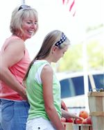 PLENTY-OF-FARM-FRESH-PRODUCTS-AT-THE-PERRYSBURG-FARMERS-MARKET-2